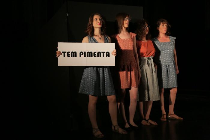 Groupe de mannequins tem pimenta au fashion revolution sierre 2018